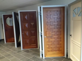 Portes entrée bois
